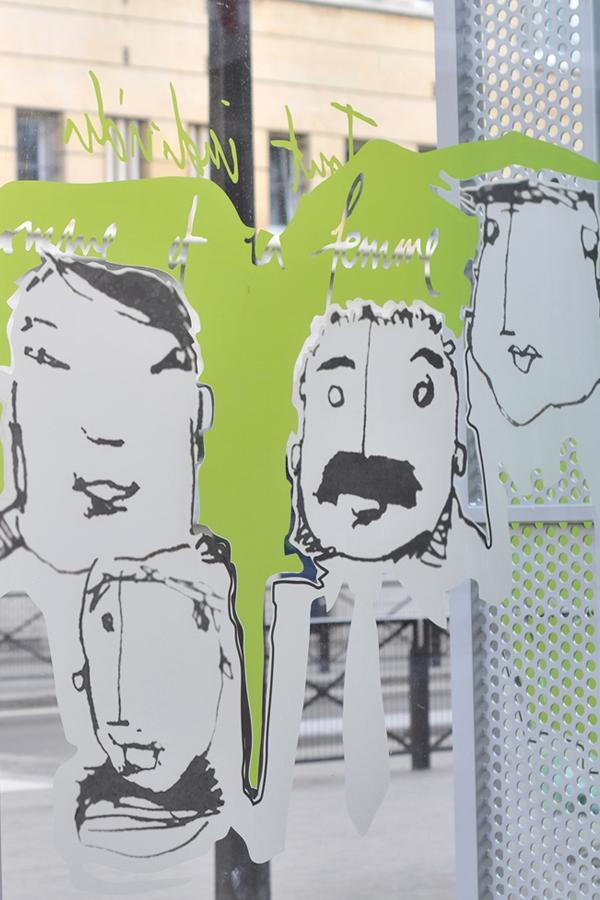 École élémentaire rue de Tanger - Design mural sur-mesure - Vitrophanie
